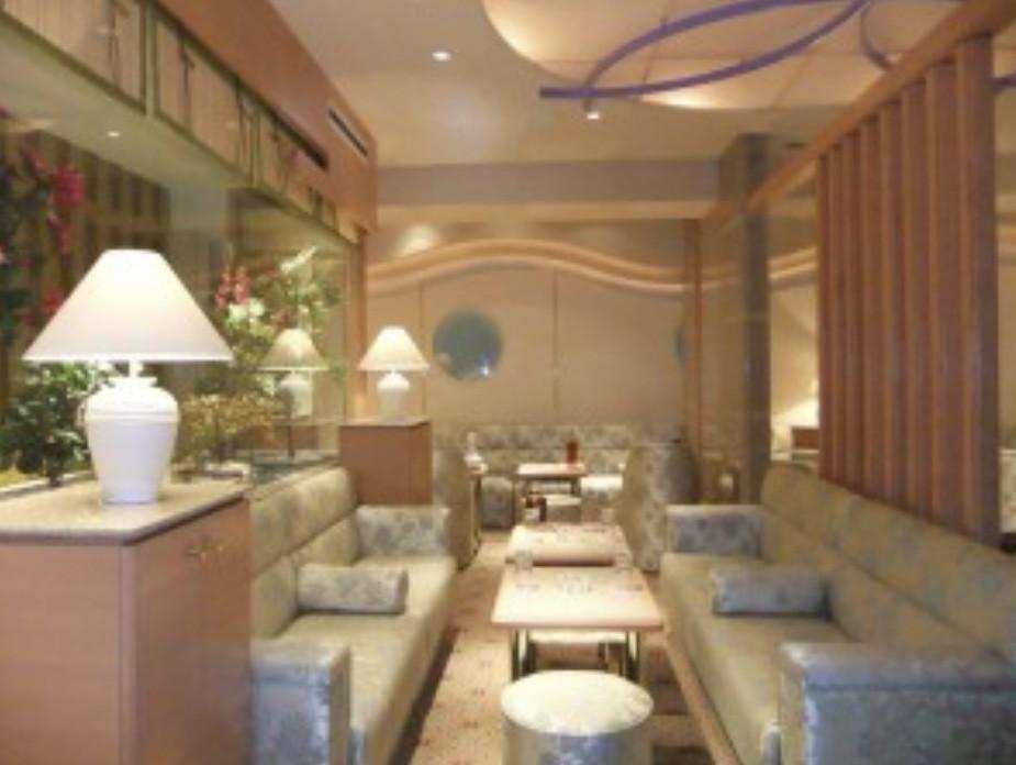 銀座のニュークラブ、撫子(なでしこ)の店内画像