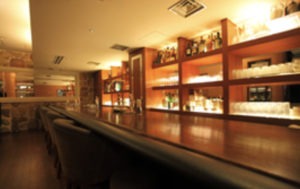 銀座の高級クラブ、ソシエの店内画像2